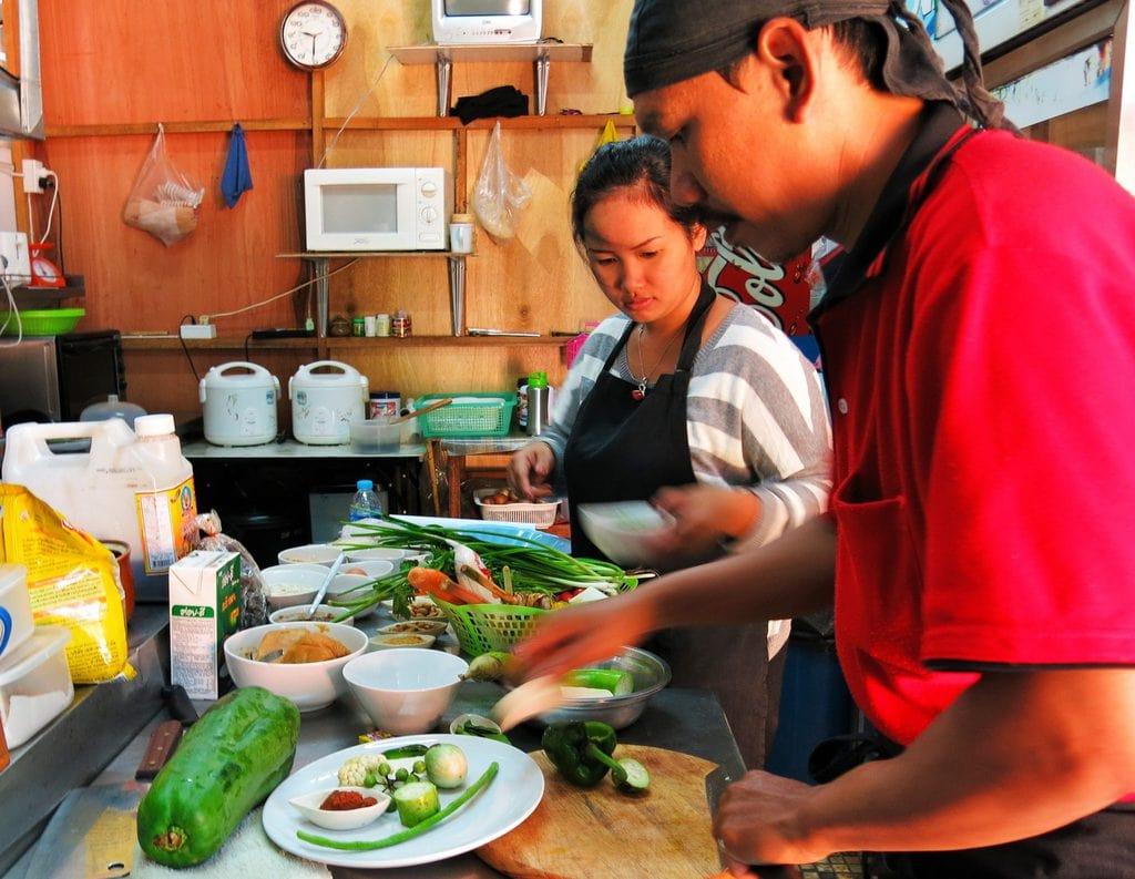 vegan cooking class chiang mai thailand