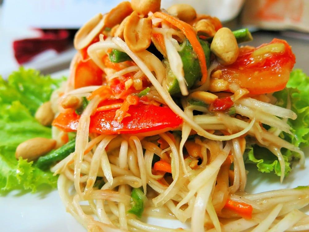 Vegan Thai Green Papaya Salad