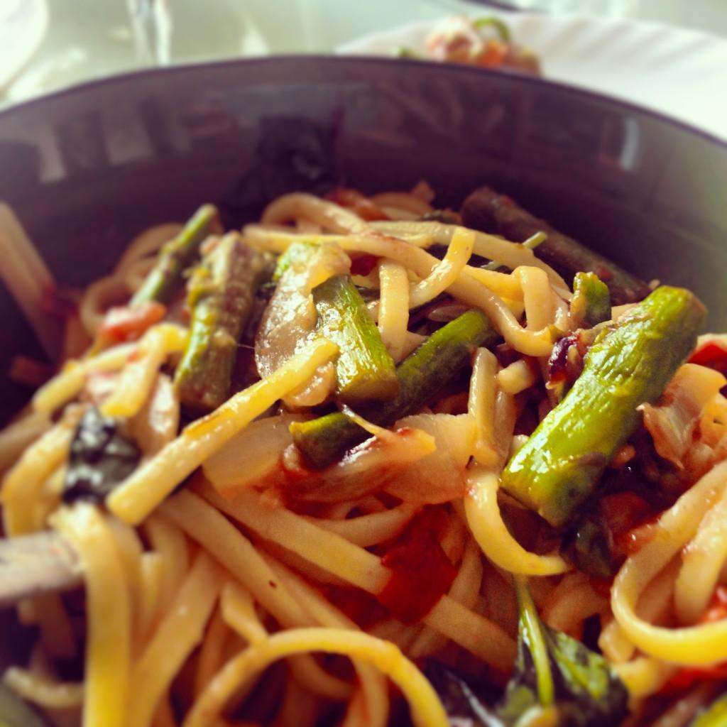 Vegan Asparagus and Tomato Pasta with Lemon