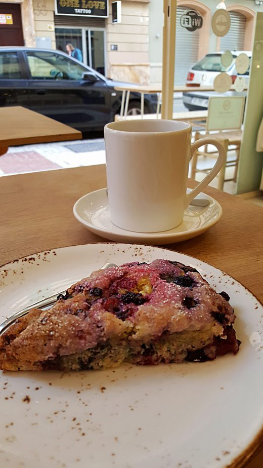 Julia's Bakery Malaga - Vegan Scones
